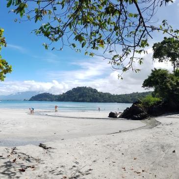 Playa Biesanz en Manuel Antonio - Quepos